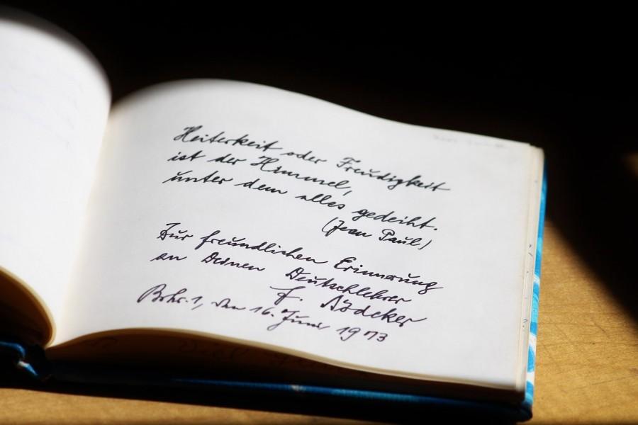 Puisi Dari Hati Menyentuh Ke Dalam Sanubari